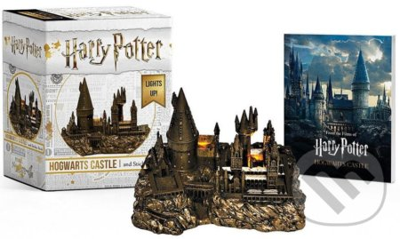 Harry Potter: Hogwarts Castle and Sticker Book -